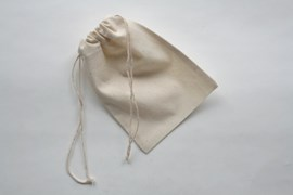 SET 12 UNBLEACHED COTTON BAGS 10.5X15CM